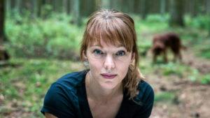 Lina Wolff, årets Augusprisvinnare i den skönlitterära klassen, toppar listan med sin roman De polyglotta älskarna.